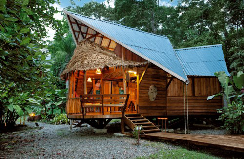 2-Costa-Rica-Tree-House-Lodge–Limón-Costa-Rica